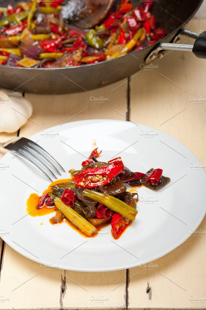 fried chili pepper and vegetables 005.jpg - Food & Drink