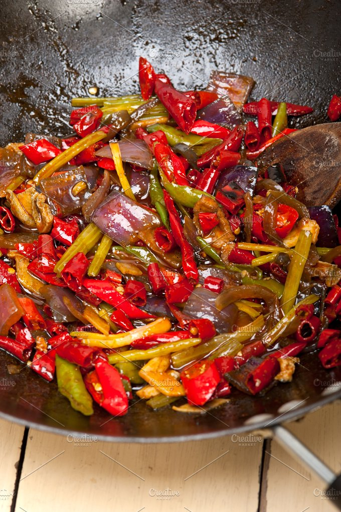 fried chili pepper and vegetables 003.jpg - Food & Drink