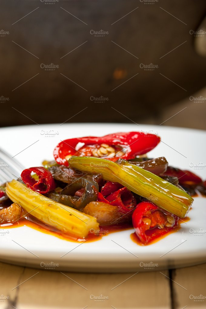 fried chili pepper and vegetables 008.jpg - Food & Drink