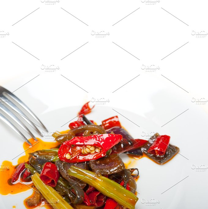 fried chili pepper and vegetables 011.jpg - Food & Drink
