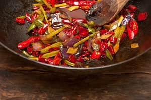 fried chili pepper and vegetables 020.jpg