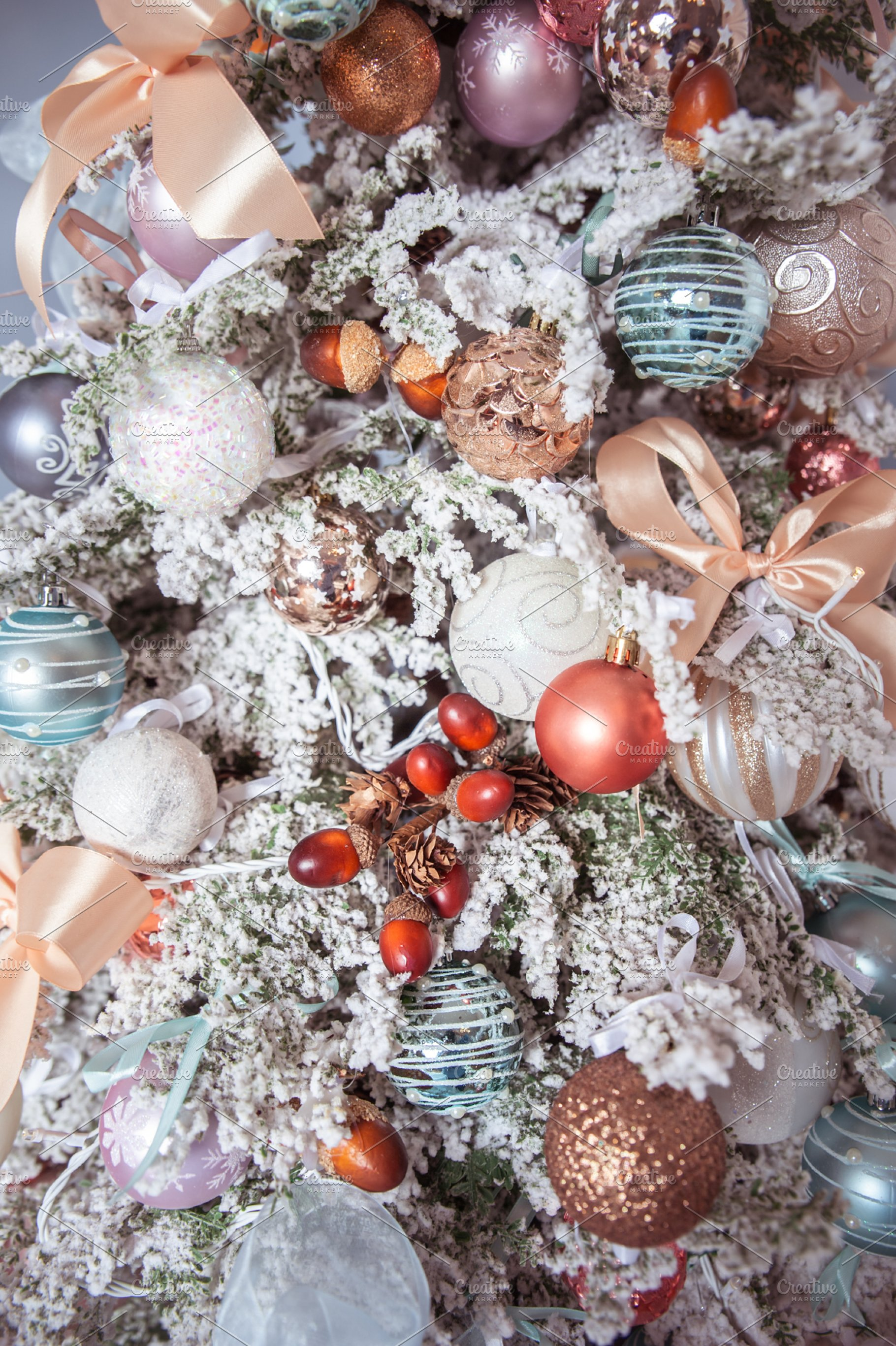 Pics Of Decorated Christmas Trees.White Decorated Christmas Tree Close