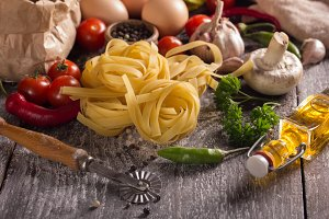 nest pasta and food ingredients