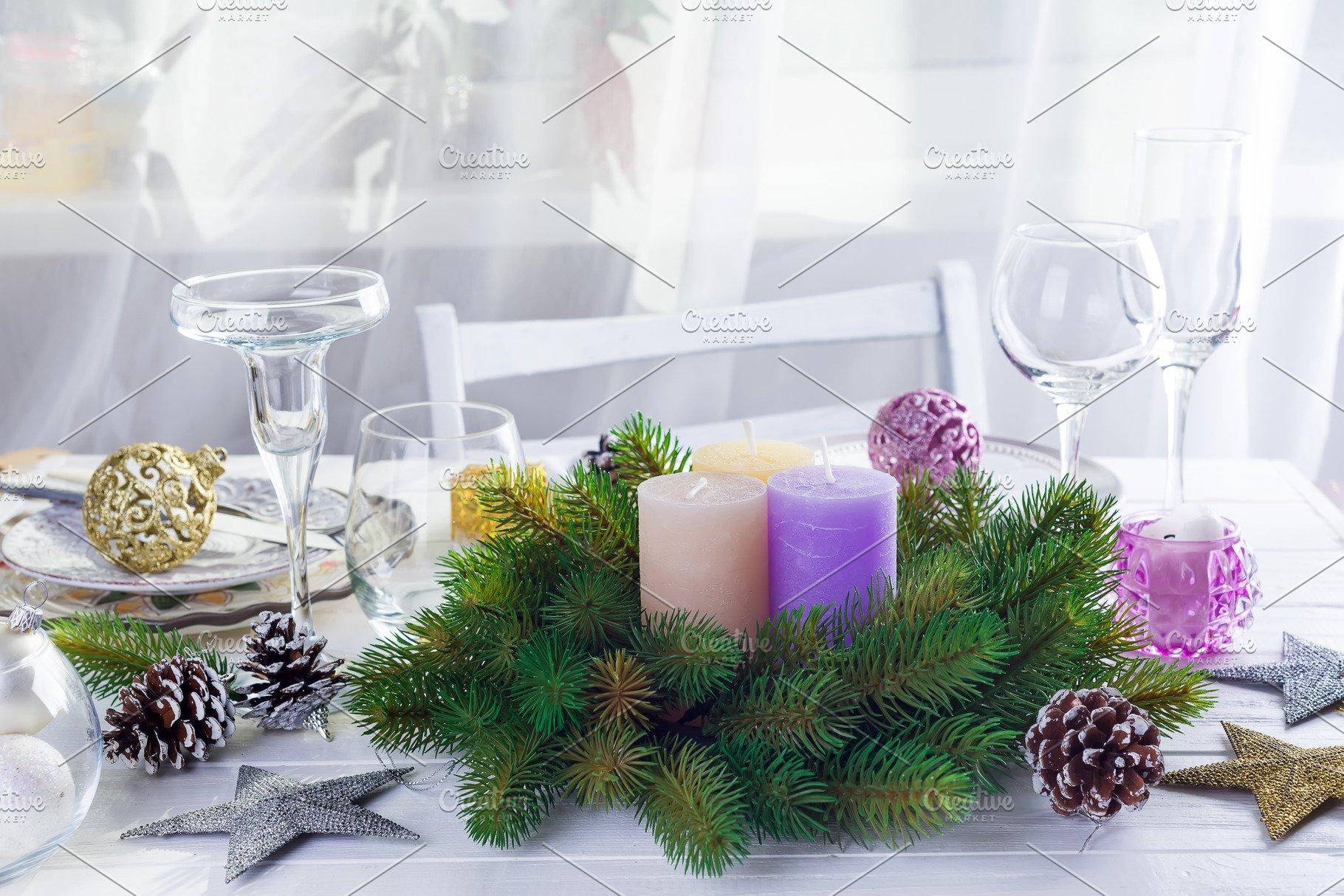 Christmas Purple.Place Table Setting For Christmas