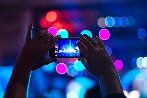 Taking photo in a concert