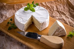 French camembert pieces