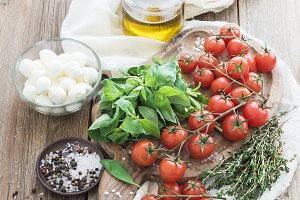 Basil, cherry-tomatoes, mozzarella