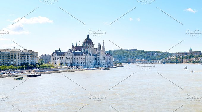 Hungarian Parliamment. Budapest - Architecture