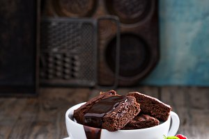 Brownies in coffee cup