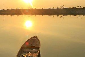 Silent of Canoe