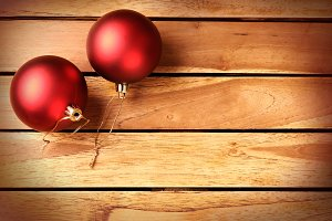 Two red balls Xmas decoration Top