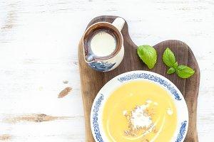 Pumpkin soup with cream