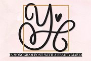 Scripty Monogram Font - With hearts