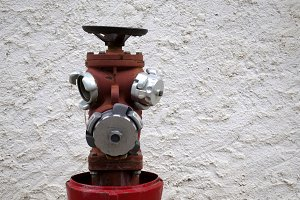 Hydrant winking eye