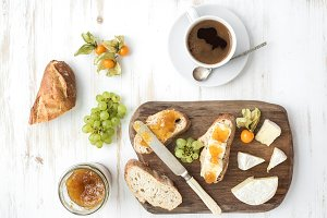 Brie cheese and fig jam sandwiches