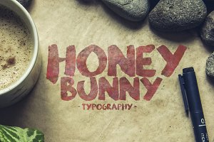 Honey Bunny Script Typeface