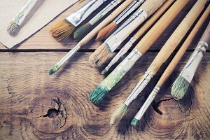 Paint brushes for painting