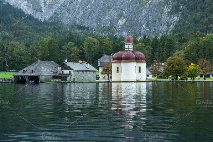 St. Bartholomew's Church (frontal) - Photos
