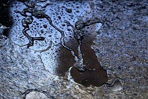 light reflection on wet ground - nig