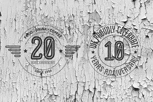 [40% SALE] 10 Vintage Badges