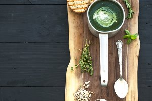 Homemade green spinach cream-soup
