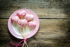 Sweet hearts on sticks