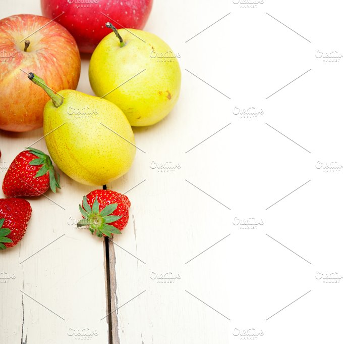 fruits on white wood table F 010.jpg - Food & Drink