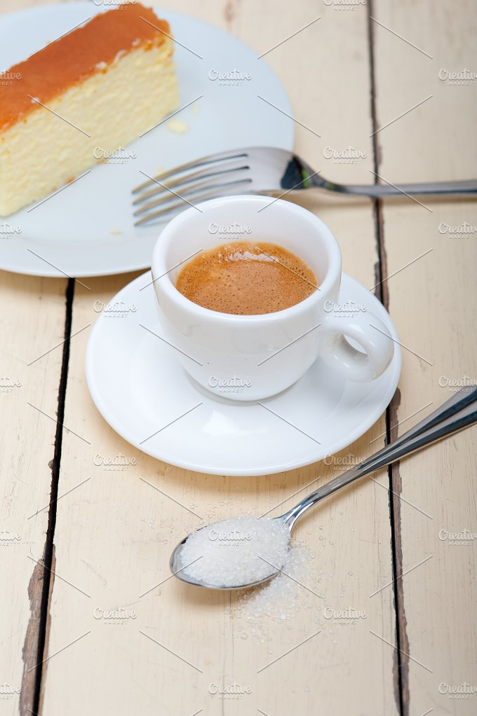 Italian espresso coffee 004.jpg - Food & Drink