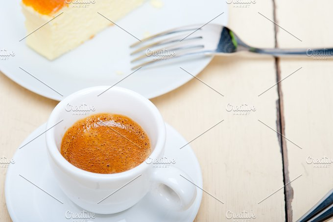 Italian espresso coffee 013.jpg - Food & Drink
