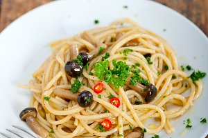 Italian pasta and mushrooms sauce 003.jpg
