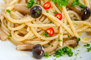 Italian pasta and mushrooms sauce 006.jpg