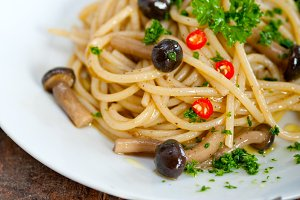 Italian pasta and mushrooms sauce 007.jpg