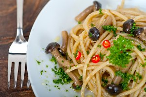 Italian pasta and mushrooms sauce 010.jpg