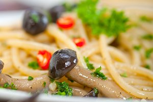 Italian pasta and mushrooms sauce 011.jpg