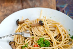 Italian pasta and mushrooms sauce 017.jpg