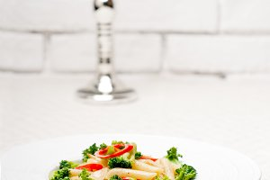 Italian penne pasta with broccoli 01.jpg