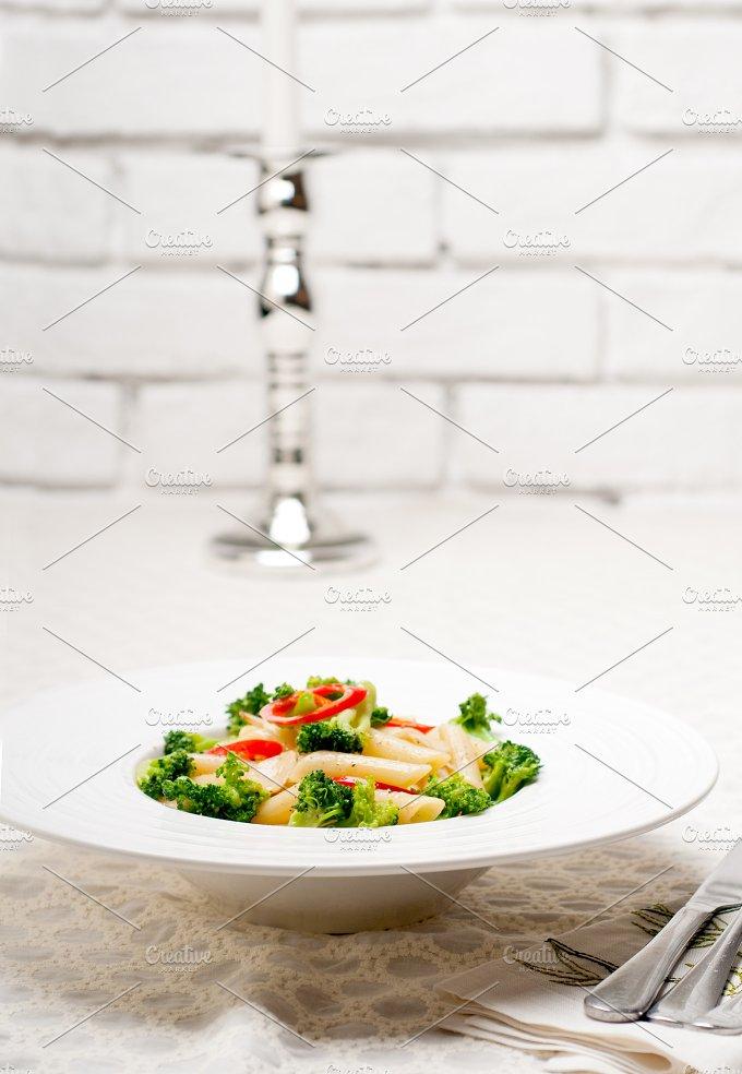 Italian penne pasta with broccoli 01.jpg - Food & Drink