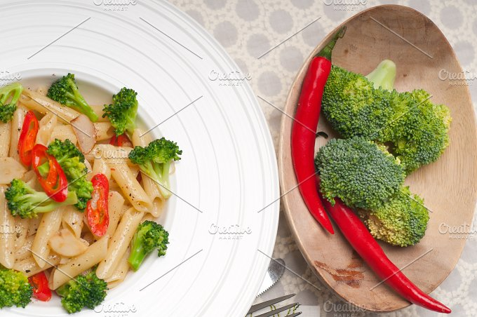 Italian penne pasta with broccoli 12.jpg - Food & Drink
