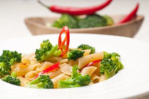 Italian penne pasta with broccoli 26.jpg