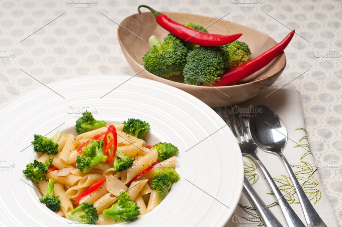 Italian penne pasta with broccoli 24.jpg - Food & Drink