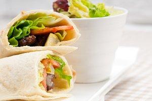 kafta chicken tomato lettuce pita wrap sandwich 01.jpg