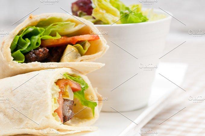 kafta chicken tomato lettuce pita wrap sandwich 01.jpg - Food & Drink