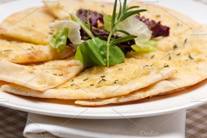 pita bread 21.jpg - Food & Drink