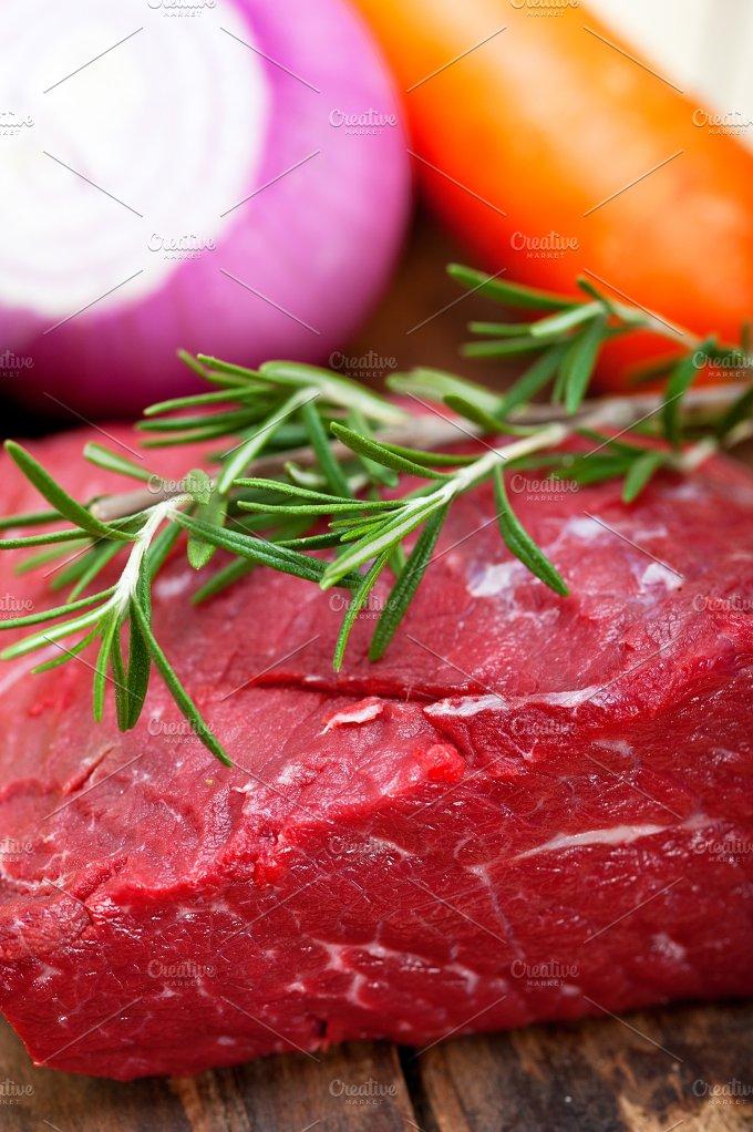 raw beef cut 005.jpg - Food & Drink