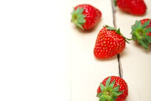 strawberries on white wood table 002.jpg