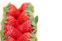 strawberries on white wood table F 029.jpg