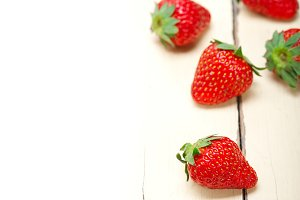 strawberries on white wood table 003.jpg