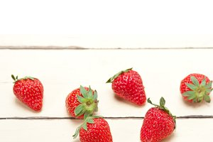 strawberries on white wood table 008.jpg
