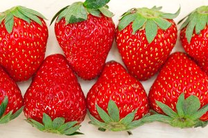 strawberries on white wood table 021.jpg