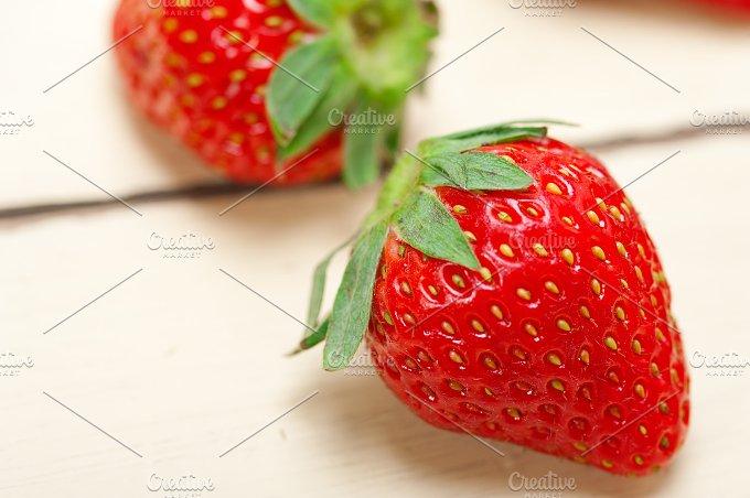strawberries on white wood table 015.jpg - Food & Drink